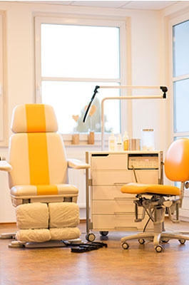 Ein Behandlungsraum der Praxis für Podologie Eickmann & Bangert in Hamm